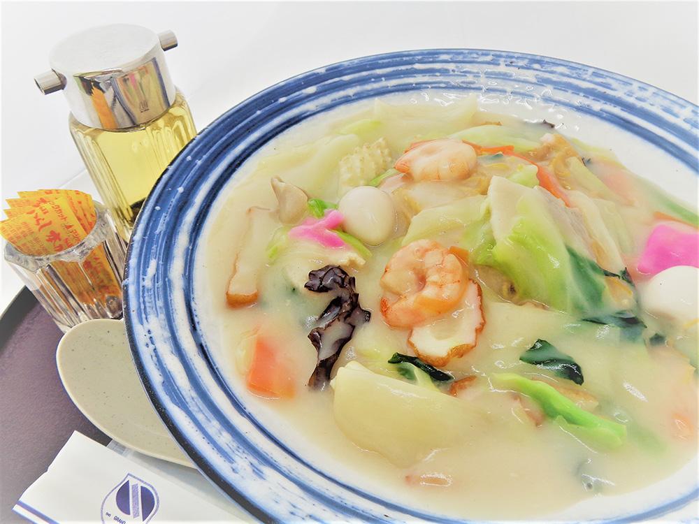 小野グランド名物野菜たっぷり特製 皿うどん